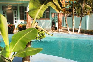 Costa_rica_academiatica_jaco_pool