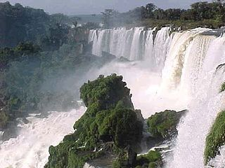Argentina_waterfall3