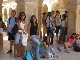 Teen_salamanca_relaxing